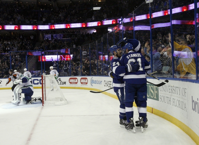 Tampa Bay Lightning vs. Vancouver Canucks - 12/22/15 NHL Pick, Odds, and Prediction