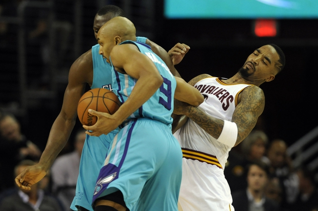 Charlotte Hornets vs. Cleveland Cavaliers - 11/27/15 NBA Pick, Odds, and Prediction