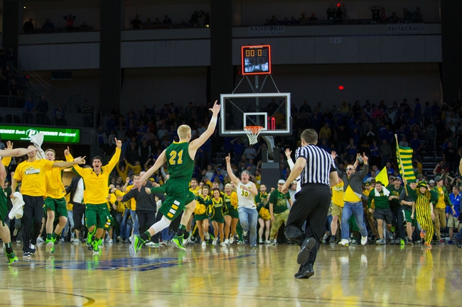South Dakota State Jackrabbits vs. North Dakota State Bison - 2/25/16 College Basketball Pick, Odds, and Prediction