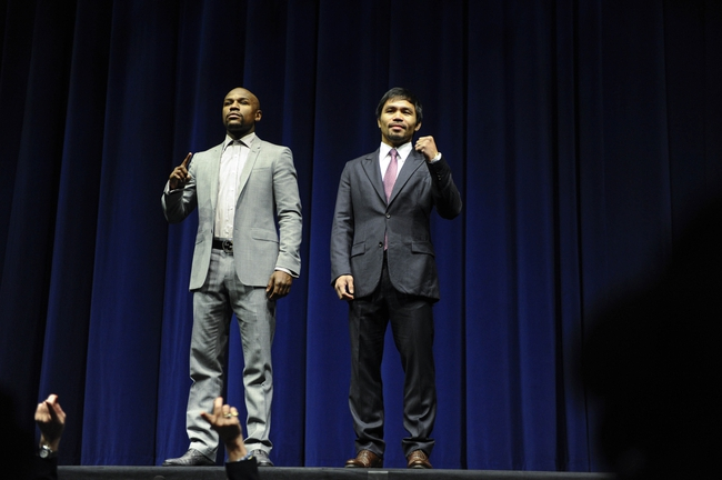 Floyd Mayweather Jr. Won't Make it 10 Rounds Against Manny Pacquiao