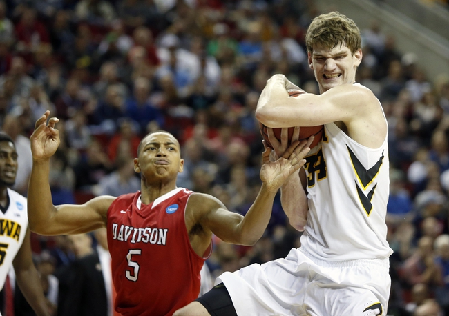 Dayton Flyers vs. Davidson Wildcats - 1/12/16 College Basketball Pick, Odds, and Prediction