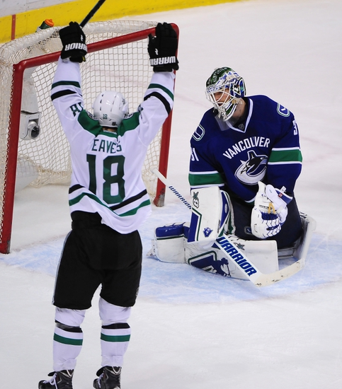 Dallas Stars vs. Vancouver Canucks - 10/29/15 NHL Pick, Odds, and Prediction