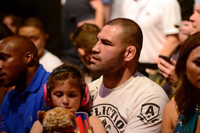 Cain Velasquez vs. Fabricio Werdum Fight Off UFC 207