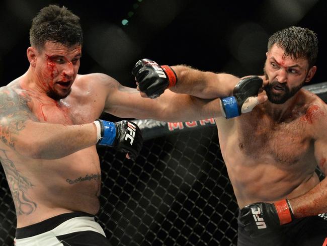 Mark Hunt vs. Frank Mir UFC Pick, Preview, Odds, Prediction - 3/19/16