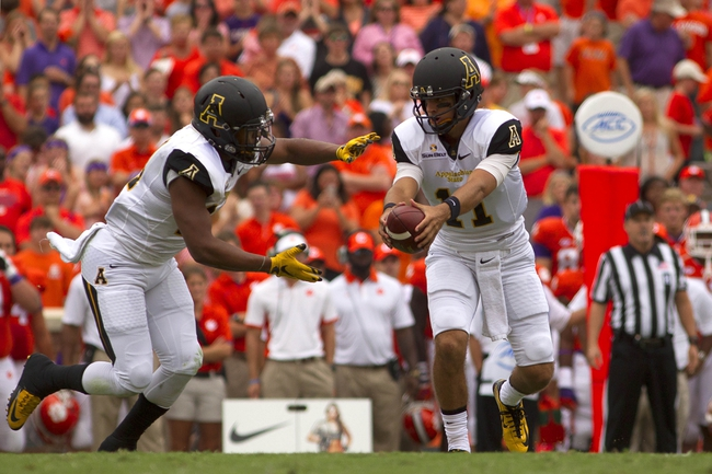 Louisiana-Monroe Warhawks vs. Appalachian State Mountaineers - 10/17/15 College Football Pick, Odds, and Prediction