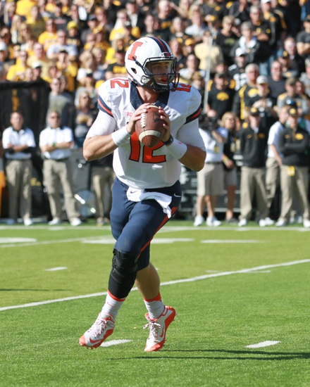 Illinois vs. Wisconsin - 10/24/15 College Football Pick, Odds, and Prediction