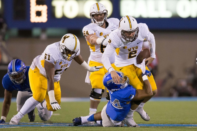 Boise State Broncos vs. Wyoming Cowboys - 10/24/15 College Football Pick, Odds, and Prediction