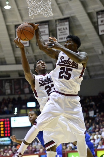 Loyola of Chicago vs. Southern Illinois - 12/30/15 College Basketball Pick, Odds, and Prediction