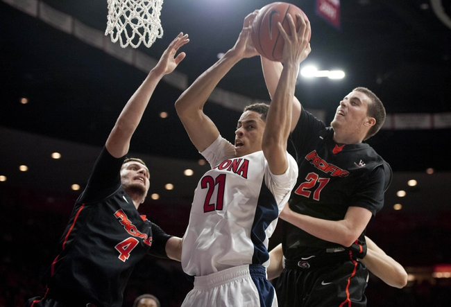 Arizona Wildcats vs. Bradley Braves - 11/16/15 College Basketball Pick, Odds, and Prediction