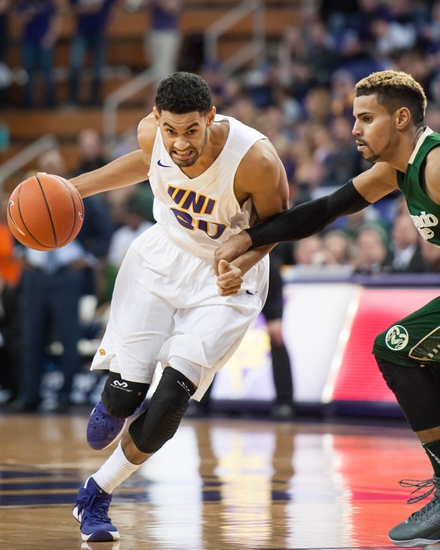 Northern Iowa vs. North Carolina 11/21/15 College Basketball Pick, Odds, and Prediction