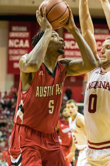 Tennessee State Tigers vs. Austin Peay Governors - 3/3/16 College Basketball Pick, Odds, and Prediction