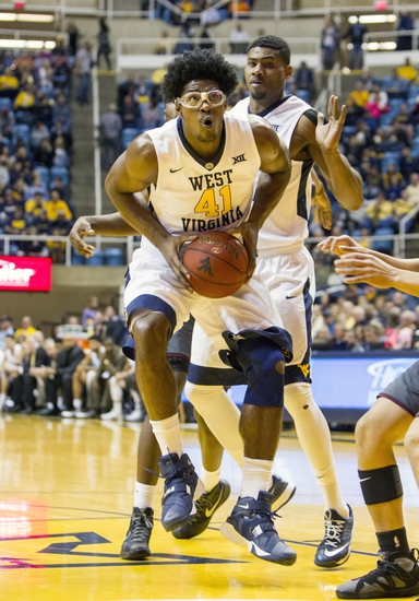 Richmond vs. West Virginia - 11/26/15 College Basketball Pick, Odds, and Prediction