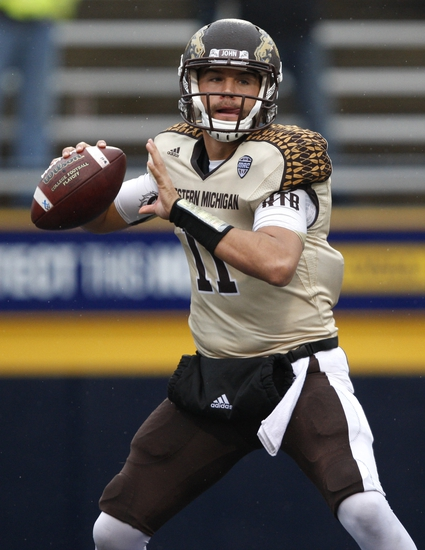Popeyes Bahamas Bowl - Western Michigan Broncos vs. Middle Tennessee Blue Raiders - 12/24/15 College Football Pick, Odds, and Prediction