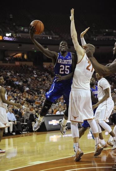 Texas-Arlington Mavericks vs. North Texas Mean Green - 12/3/15 College Basketball Pick, Odds, and Prediction