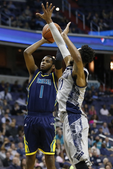 East Carolina Pirates vs. UNC Wilmington Seahawks - 12/16/15 College Basketball Pick, Odds, and Prediction