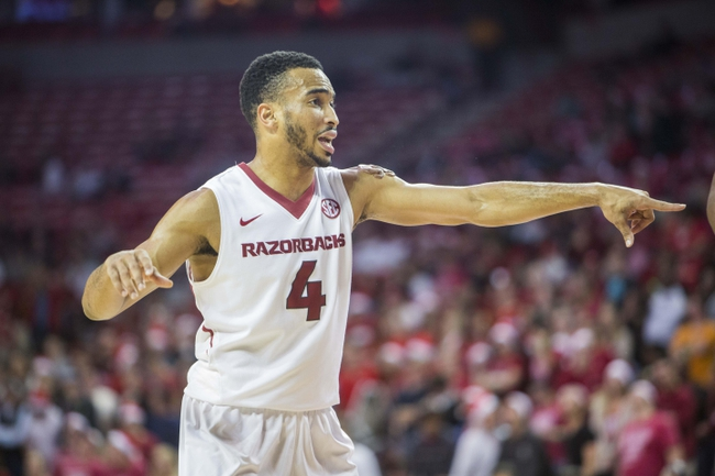 Arkansas Razorbacks vs. Mercer Bears - 12/19/15 College Basketball Pick, Odds, and Prediction