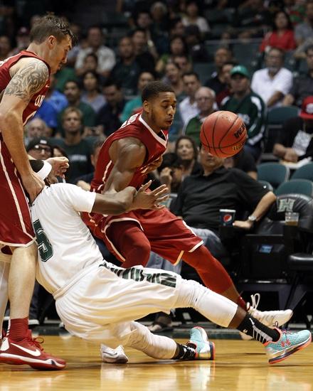 UC Irvine Anteaters vs. CS Northridge Matadors - 2/13/16 College Basketball Pick, Odds, and Prediction