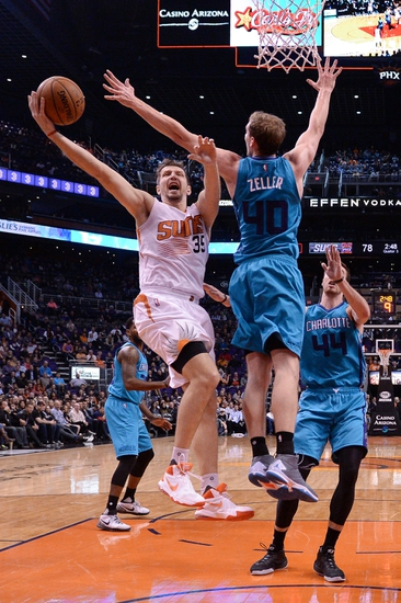 Phoenix Suns at Charlotte Hornets  - 3/1/16 NBA Pick, Odds, and Prediction