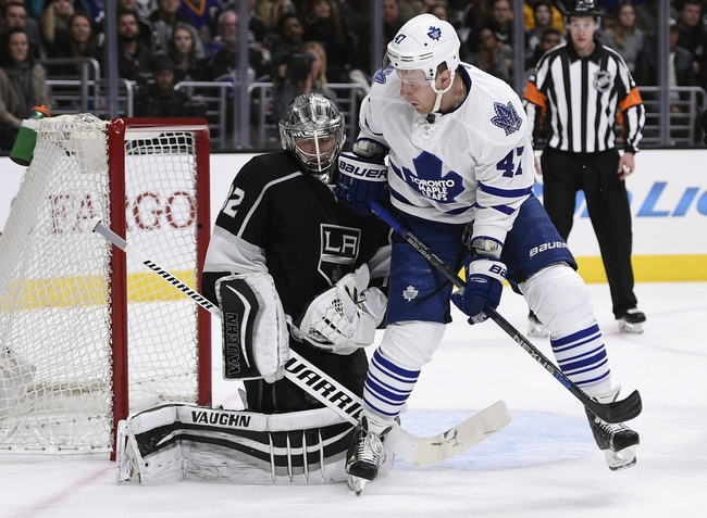 Carter scores twice as Kings rout Leafs; Andersen pulled for first time
