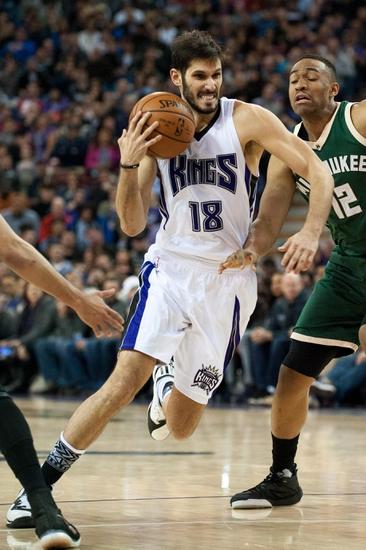 Milwaukee Bucks vs. Sacramento Kings - 11/5/16 NBA Pick, Odds, and Prediction
