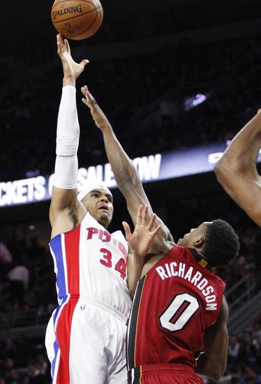 Detroit Pistons vs. Miami Heat - 11/23/16 NBA Pick, Odds, and Prediction