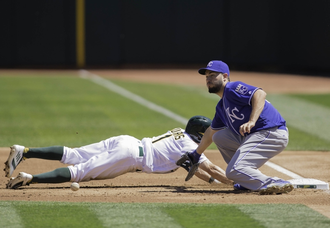 Oakland Athletics vs. Kansas City Royals - 4/17/16 MLB Pick, Odds, and Prediction