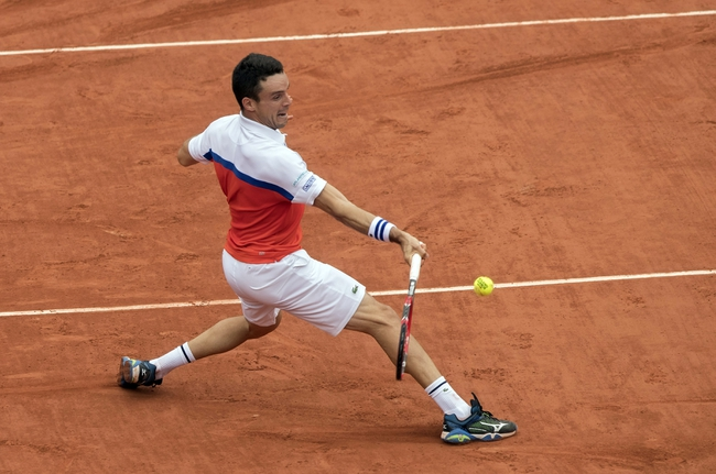 Roberto Bautista Agut vs. Donald Young 2016 Aegon Championships Pick, Odds, Prediction