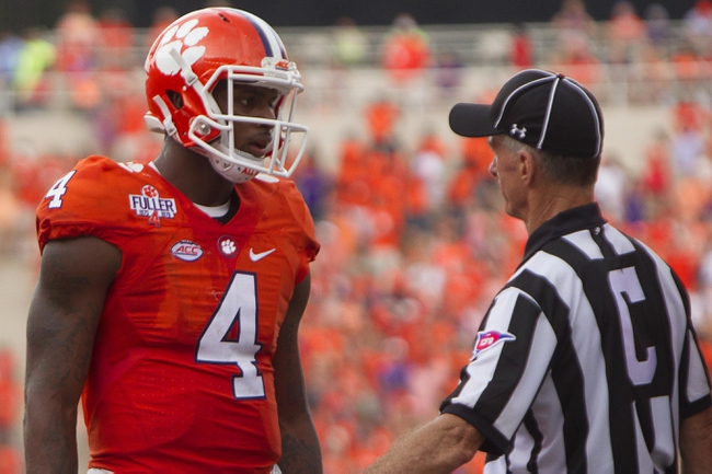 Clemson QB Watson apologizes to fans for 'negative energy'