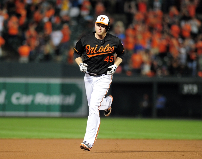 Mancini, Trumbo power Orioles over Diamondbacks 6-1