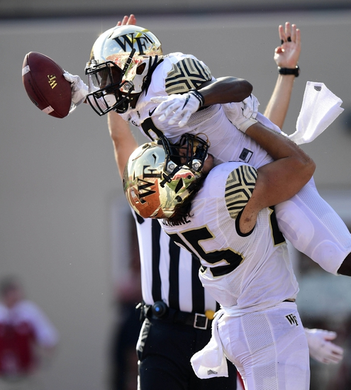 Syracuse Orange at Wake Forest Demon Deacons - 10/8/16 College Football Pick, Odds, and Prediction
