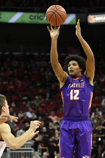Evansville Purple Aces vs. Morehead State Eagles - 11/19/16 College Basketball Pick, Odds, and Prediction