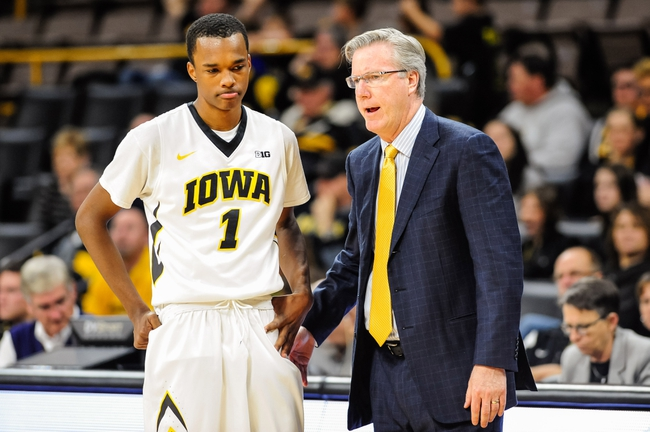 Iowa Hawkeyes vs. Virginia Cavaliers - 11/25/16 College Basketball Pick, Odds, and Prediction