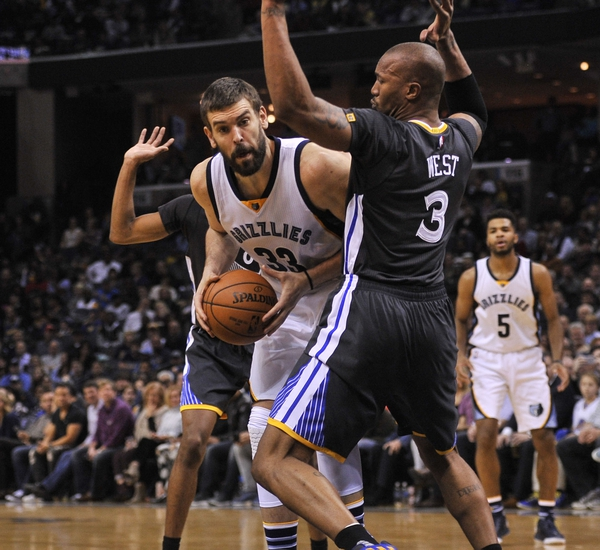 Conley hits winning jumper, Grizzlies stun Warriors in OT