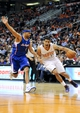 Apr 2, 2014; Phoenix, AZ, USA; Phoenix Suns guard Gerald Green (14) dribbles around Los Angeles Clippers forward Jared Dudley (9) during the fourth quarter at US Airways Center. The Clippers won 112-108. Mandatory Credit: Casey Sapio-USA TODAY Sports