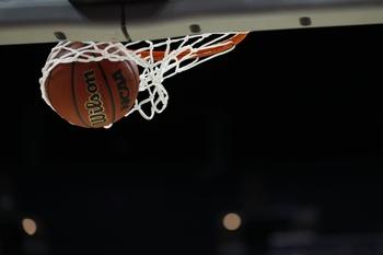 Hawaii vs. South Dakota - 11/10/19 College Basketball Pick, Odds, and Prediction