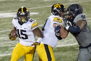 Canceled: Michigan at Iowa: 12/19/20 College Football Picks and Prediction