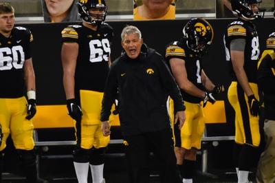 CFB Picks: Iowa vs Michigan State 11/7/20 College Football Picks, Odds, Predictions