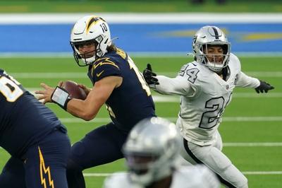 TNF Week 15 Picks: Las Vegas Raiders vs Los Angeles Chargers 12/17/20 NFL Picks, Odds, Predictions