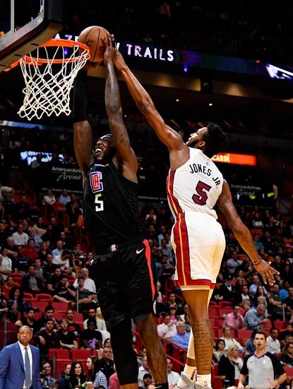 Montrezl Harrell vs. Derrick Jones - 4/9/20 NBA 2K Players Tournament Pick, Odds, and Prediction