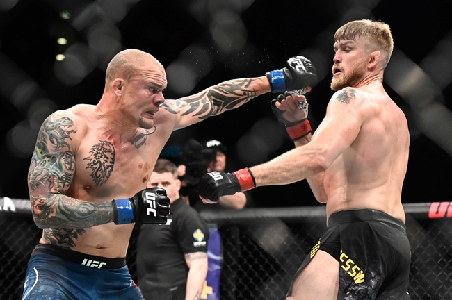 Anthony Smith vs. Glover Teixeira - 5/13/20 UFC Fight Night 171 Picks and Prediction