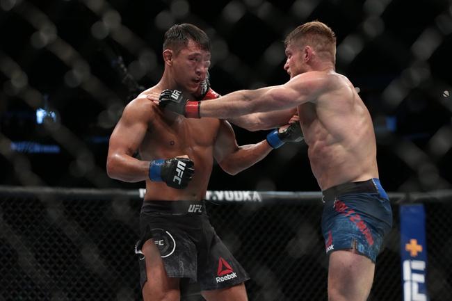 Beneil Dariush vs. Scott Holtzman - 8/8/20 UFC Fight Night 174 Pick  and Prediction