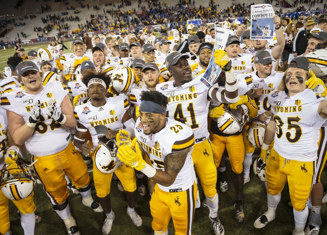 Wyoming 2020 Win Total - College Football Pick and Prediction