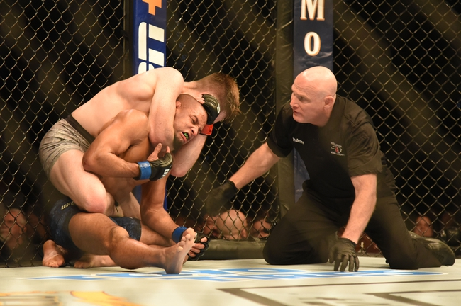 Herbert Burns vs. Daniel Pineda  - 8/15/20 UFC 252 Pick and Prediction