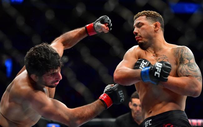 Scott Holtzman vs. Beneil Dariush - 8/8/20 UFC Fight Night 174 Pick, Odds, and Prediction