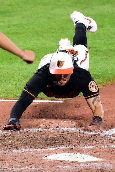 Dana Lane's New York Yankees vs. Baltimore Orioles MLB 'Table Setter'