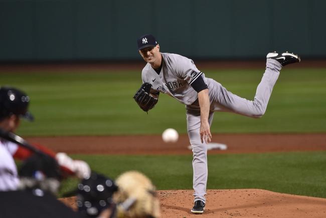 Dana Lane's New York Yankees vs Boston Red Sox 'Sunday Table Setter'