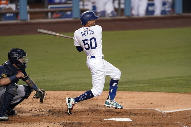 Milwaukee Brewers at Los Angeles Dodgers - 10/1/20 MLB Wild Card Picks and Predictions