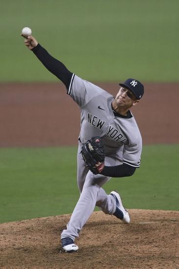 Dana Lane's New York Yankees vs. Tampa Bay Rays 'Premium' Selection